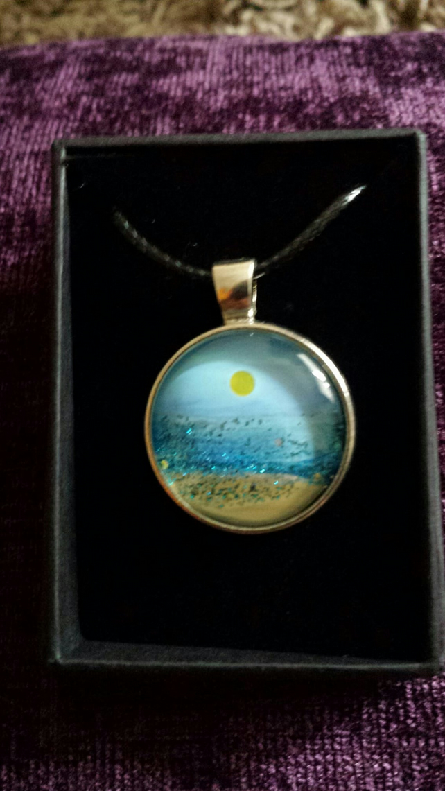 Seascape painting encapsulated pendant (beach scene)