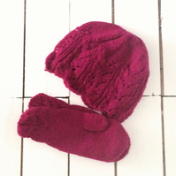 Pretty Dark Magenta Aran Hand Knitted Hat and Mitten Set - Free Post
