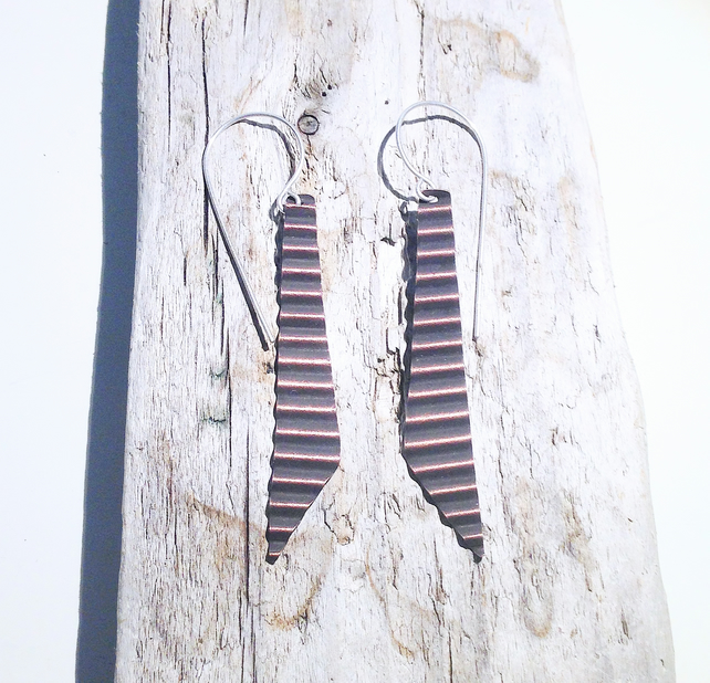Corrugated Hammered and Oxidised Copper Dangle Earrings - UK Free Post