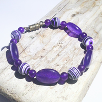 Purple Russian Amethyst and Agate Gemstone Bead Bracelet - UK Free Post