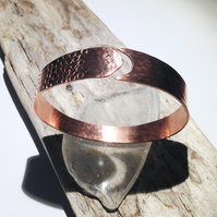 Handmade Fish Design Open Copper Bangle - UK Free Post