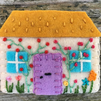 Hand Embroidered Country Cottage Brooch ( yellow ocre roof )