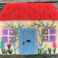 Hand Embroidered Country Cottage Brooch ( red roof )