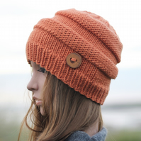 Beanie hat knitted pumpkin shade women's