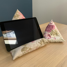 Roses tablet and phone beanbag set