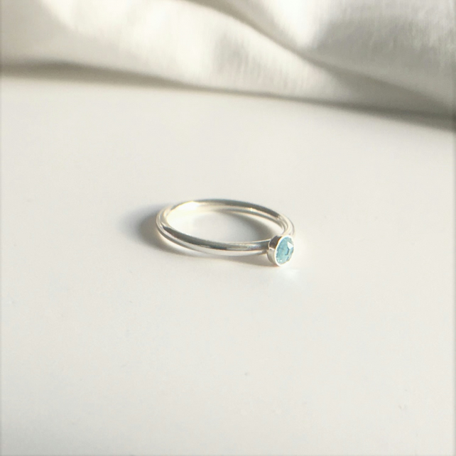 Sky Blue Rose Cut Topaz Cabochon Eco Sterling Silver Ring