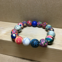 Expandable - Upcycled vintage beads elasticated bracelet - Upcycled jewelry