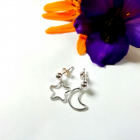 Dainty star earrings, dainty moon earrings, crescent moon earrings