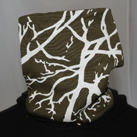 Handmade stretch cotton Neck warmer, hand printed tree print,green Snood scarf.