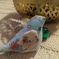 Hanging bird decoration with Christmas robin patterns