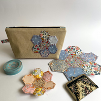 Patchwork make up bag - toiletries bag - small project bag
