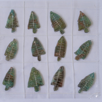 12 Free Motion Embroidery Tree Embellishments Card Making