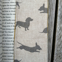 Bookmark with dachshunds