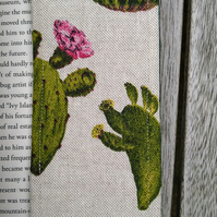 Bookmark with cacti