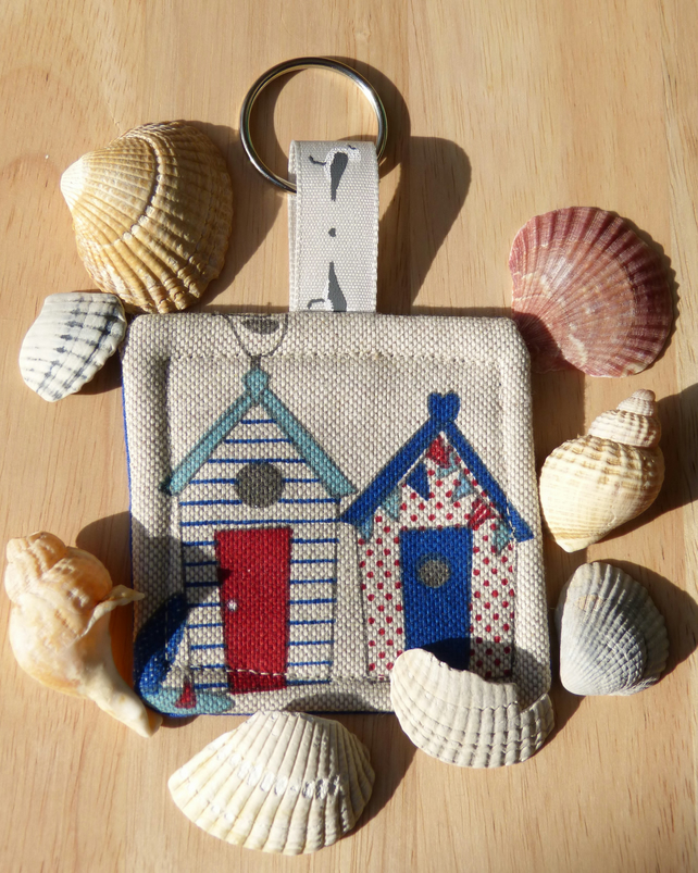 Key ring with beach huts