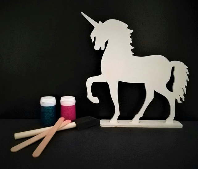 Table Top Decoration, Free Standing Unicorn