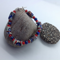 Bracelet with rare old trade beads in Stars and Stripes pattern with lapis lazul