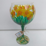 Daffodils, Painted Gin Glass (Can personalise)
