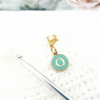 Alphabet stitch marker charm, '0' stitch word stitch marker, progress keeper