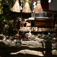 'Neko Jinja' Cat Shrine photo