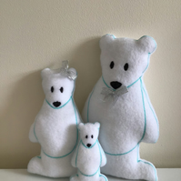Polar bears family. Set of three.