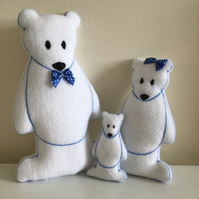 Polar bear family,set of three.