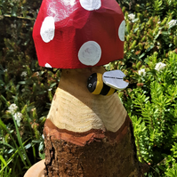 Spotty Toadstool and Bumblebee