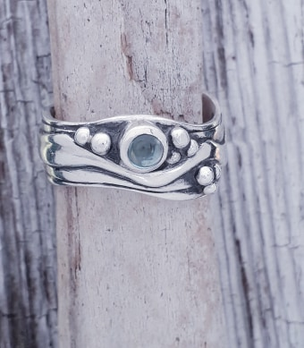 Medium Wave Ring with Topaz Size L-S