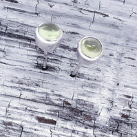 Peridot Ear studs 4 mm