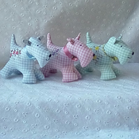 Handmade & embroidered lavender scented fabric Scottie dog