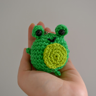 Filbert the Frog Cute Crochet Keyring