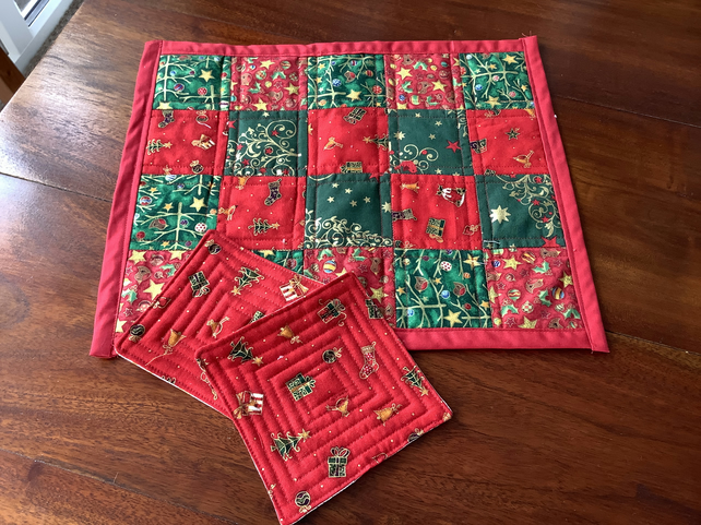 Table mat and two xmas coasters.