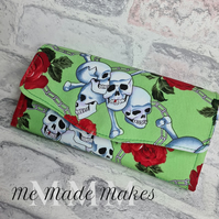 Ladies Purse, Skulls and Roses Purse, Women's Wallet, Ladies Gift