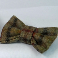 Handmade Yorkshire Tweed Dog Bow - Light Brown Check