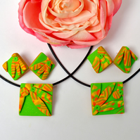 Jonquil Australiana Yellow, Orange, Green & Gold Polymer Clay Pendant & Earrings