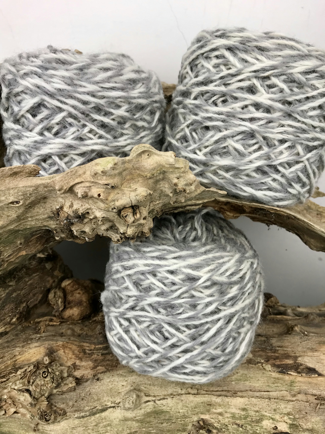 Wool Yarn Cakes 250g, Needle Punch, Weaving in Grey and White