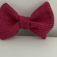 Very Attractive Pink Small CheckTweed Dog Bow Tie