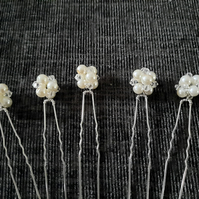 5 x swarovski crystal and ivory pearl pins