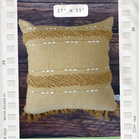 Cotton tufted cushion cover with tassels