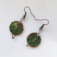Stained glass earrings with leaves