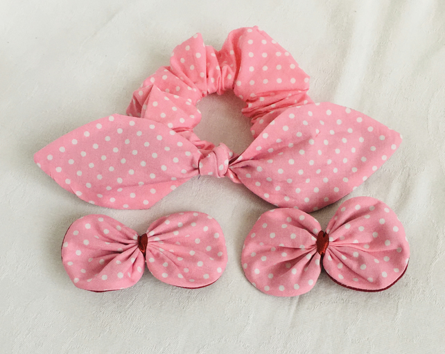 Pretty Polka Dot Pink Bow Scrunchy and Hair clips, Bow Clips, Scrunchies.