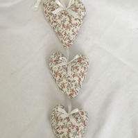 Pretty Roses Hanging Hearts, Cottage style Hearts, Home Decor, Gift Ideas.