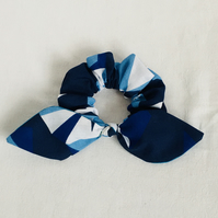 Retro Bow Scrunchy, Bow Scrunchies, Hair Bows, Hair Bands, Gift Ideas.
