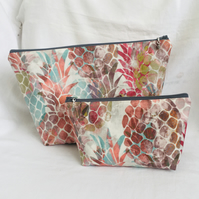 Pineapple 2 Piece Bag Set, Travel Set, Zip Pouches, Bag Set, Gift Ideas.