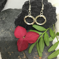 Wire Earrings. Item Code E762