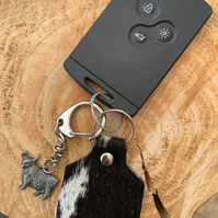 Black and white hair on hide tag keyring