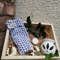 Relaxing Lavender Eye Pillow & Oil Burner with soy wax melts
