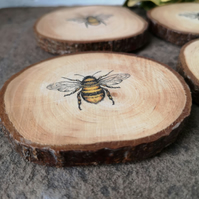 Bark Coasters with Bee decoration set of 2
