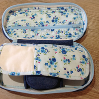 Portable zippered upcycled denim sewing case
