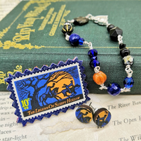 Glass Beaded Bracelet with Vintage Postage Stamp Pin & Earrings – Sleepy Hollow